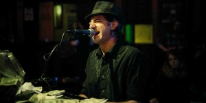Tommy plays Chicago Dueling Pianos at Sluggers in October